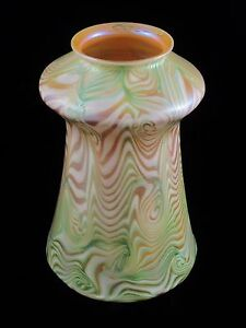 Rare Quezal Art Glass Lamp Shade Green King Tut D Cor Signed Ca 1902 Tiffany Era