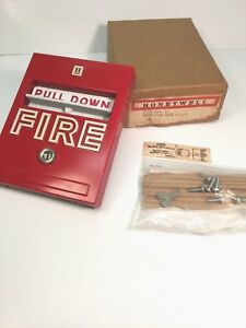S465b 1009 3 new Manual Pull Station Honeywell Vintage Collectable Fire Alarm
