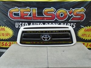 2009 2010 2011 2012 2013 Toyota Tundra Front Bumper Grille Oem