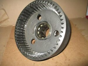Case 2294 Tractor Front Axle Wheel Hub A48106 A48112
