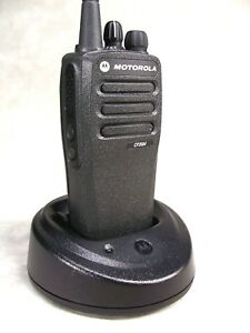 Mint Motorola Cp200d Vhf 16ch Analog Radio W accessories