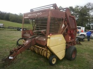 New Holland 851 Round Hay Baler