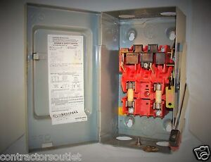 New Overstock Square D H221n 240v 30a Type 1 Fusible Safety Switch Enclosure