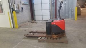 Linde Ew60 Electric Pallet Jack Lifts 6000 Lbs Light Usage