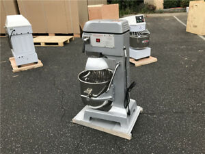 1hp 30 Qt Commercial Dough Food Mixer Gear Driven Pizza Bakery Three Speed New