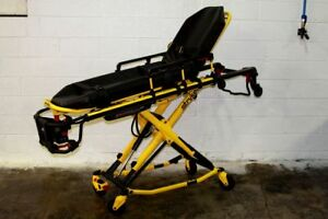 Stryker Power Pro Xt 700 Lbs Ambulance Stretcher Cot Only 1 3 Hours Hardly Used
