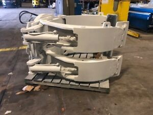 81 Cascade Paper Roll Clamp Manufactured 2013 Forklift Attachment
