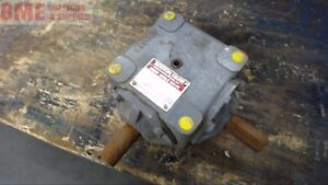 Boston Gear R1211 Right Angle Gear Reducer 1 5 1 Ratio 13 5 Input Hp