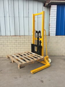 Commercial 800 Lbs Manual Forklift