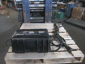 Miller 12vs Suitcase X treme Wire Feeder Mig Welder With Used Torch Lead Gun