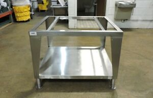 Stainless Steel Commercial Restaurant Equipment Stand 40 X 36