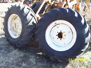 Vintage Oliver Ihc Allis D 15 Tractor 8 Bolt Rear Wheels Tires 16 9 X 26