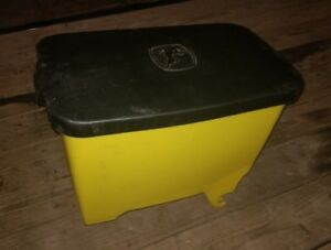John Deere Planter Box And Lid Ba28956 1770nt And More Free Shipping