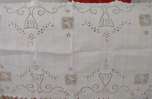 White On White Table Runner Cotton Eyelet Filet Lace Bird Inserts 52 X 18
