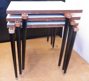 Vintage Mid Century Set Of Three Stacking Nesting Tables Tapered Needle Leg