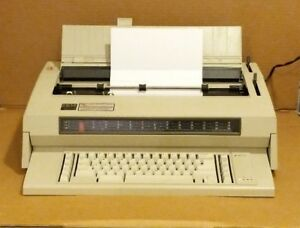 Vintage Ibm Wheelwriter 3 Electric Typewriter