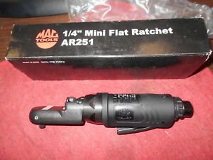 Mac Tools Ar251 1 4 Flat Air Ratchet Offset Flathead 20 Ft Lbs Torque