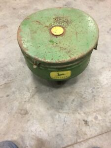 1 John Deere 495 494a 494 Planter Seed Hopper With Lid And Seed Level Plate
