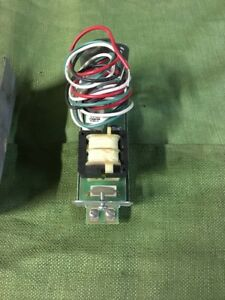 Honeywell R8038a 120 Volt Relay Switching Relay