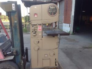Doall 16 2 Inch Vertical Bandsaw With Power Feed Feature