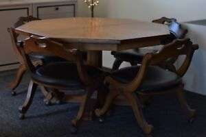Antique Super Rare Octagon Oak American Table W Leaves And Chairs