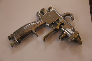 Binks Model 2100 Spray Gun Unused