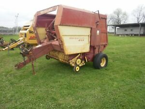 New Holland 5 X 5 Round Hay Baler