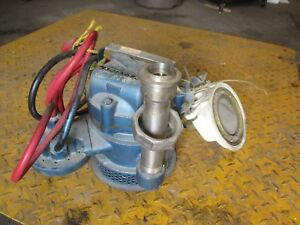 Weil 1 1 4 Submersible Pump 3301208j Mod 1 1 4 140204 1 3 1 3hp 115v Used