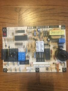 Lh33wp003a Carrier Bryant Payne Furnace Control Board 1068 83 117a