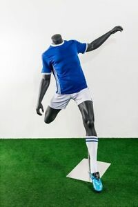 Headless Male Fiberglass Soccer Mannequin Athletic Body In Kicking Motion