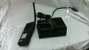 Motorola Mt1000 Radio With Charger Vhf Lowband 6 Channel