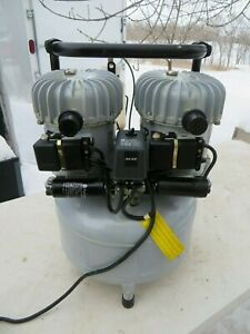 Jun air 6 15 Silent Air Compressor Very Good Condition Works Perfect