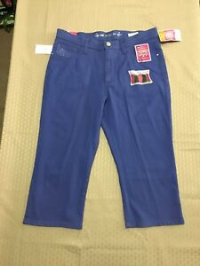Lee Classic Fit Petite Woman's Stretch Hyacinth Capri Jeans Size 10P NWT