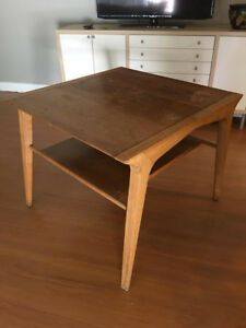 Mid Century Modern Drexel End Table Coffee Table