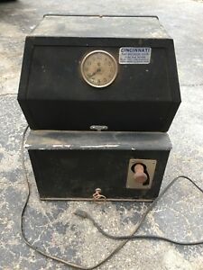 Cincinnati Time Recorder Clock Punch Machine Stamp Wall Industrial Working