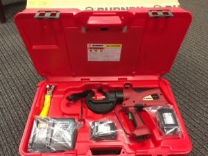 Burndy Pat750 li Patriot Hydraulic Crimper 18v Li ion Battery 12 ton U style