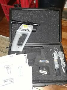 4500 F Handheld Infrared Thermometer With Laser Sighting Scope Omega Os524