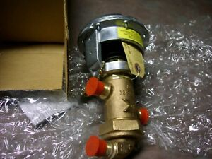 Johnson Control 3 Way Valve V4440