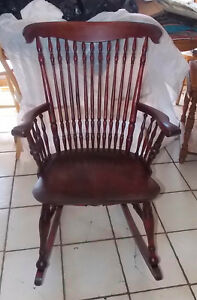 Cherry Spindle Rocker Rocking Chair R251