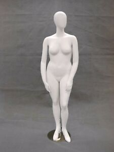 Female Full Body Plus Size Mannequin Egg Head Fiberglass Matte White Finish