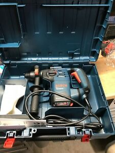 Bosch Rh328vc 1 1 8 inch Sds Plus Corded Rotary Hammer Drill With Case And Bit