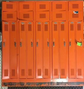 Lyon Metal 10 Door School Business Industrial Locker W upper Cabinet