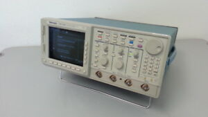 Tektronix Tds520c Oscilloscope With Options 05 1f