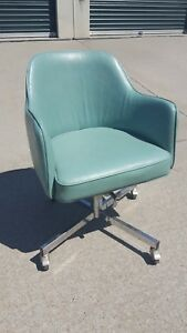Vintage Mid Century Vinyl Adjustable Swivel Barrel Office Desk Arm Chair