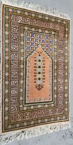 Vintage Persian Hand Made Prayer Rug Appx 3 X 5