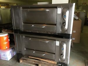 Blodgett 1000 Double Stack Stone Deck Pizza Oven 4 Pie Natural Gas Good Stones