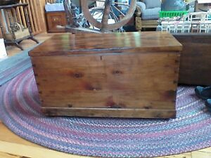 Antique Cedar Chest Trunk Blanket Storage Late 1600 S Early 1700 S Zoar Ohio