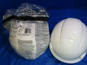 3m Hard Hat With 4 point Ratchet Suspension White h 701r Mold286 2 Hats