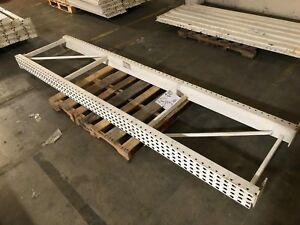Pallet Racking Upright 30 X 105 White 2 Available Used
