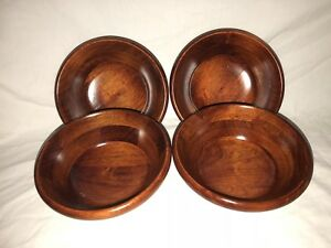4 Piece Wooden Salad Bowl Set Pre Owned